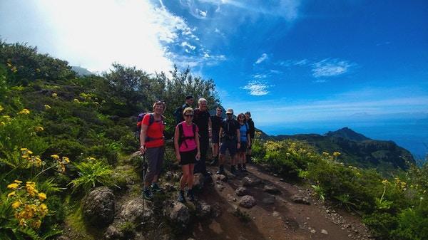 En nöjd vandringsgrupp på Teneriffa