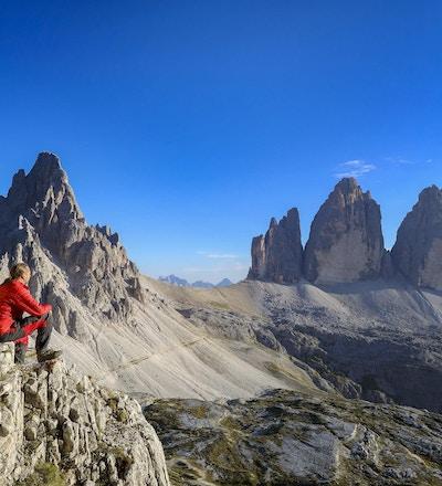 De tre pinnaclesna (Drei Zinnen) är tre toppmöten i de östra Dolomiterna