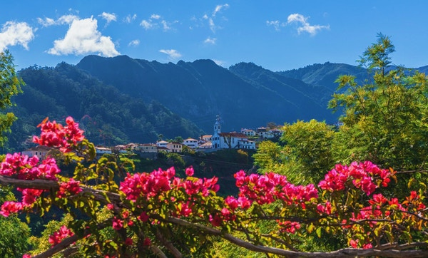 Bergbyn Sao Vicente, ön Madeira, Portugal