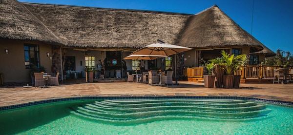 Sydafrika sebatana safari lodge pool header1