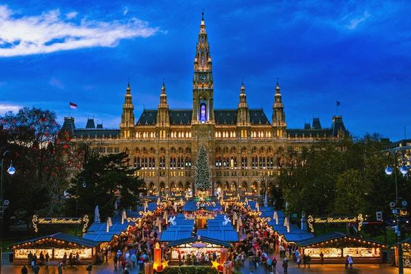 Julmarknad Wien, traditionell marknad på Wien stadshus i december