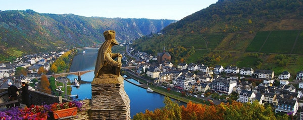 36 view from cochem castle