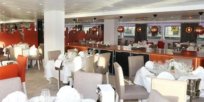 Restaurangen ombord på kryssningsfartyget MS Loire Princess