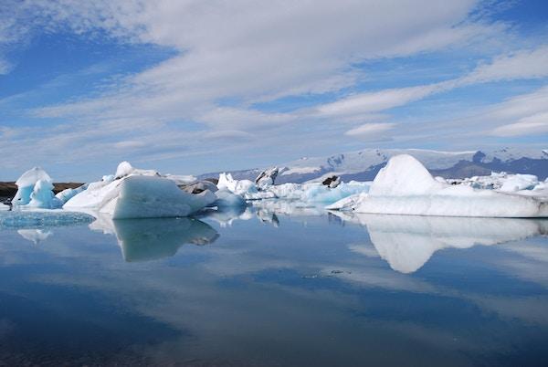 Isberg glaciarlagunen