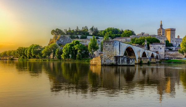 avignon bro