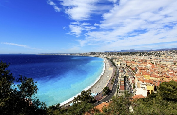flygfoto över stranden i Nice Frankrike