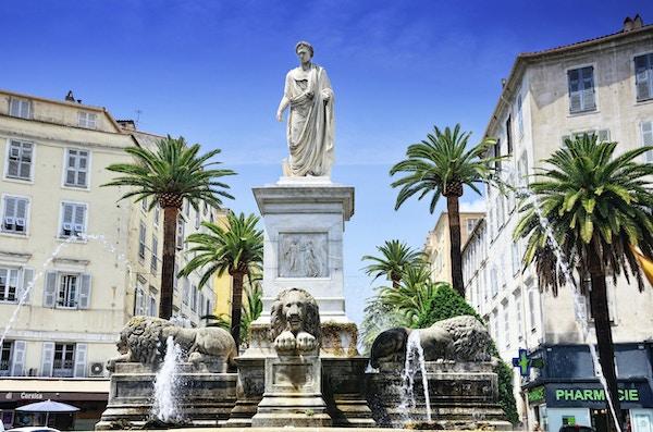 Napoleon staty i Ajaccio, Korsika, Frankrike. Statyn gjordes 1804 av Francesco Massimiliano Laborer