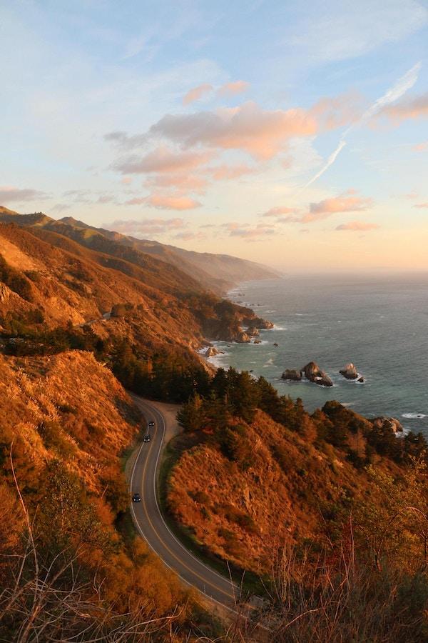 Synpunkt Highway 1 med Big Sur. Visa söderut.