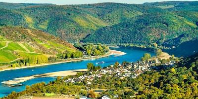 Den stora slingan av Rhinen vid Boppard i Tyskland