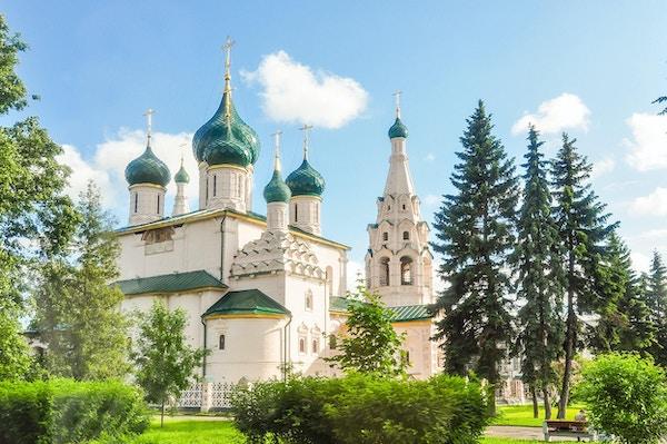 Elias kyrka Profeten är den mest kända av de många 1600- och 1700-talskyrkorna som byggdes av rika köpmän i Yaroslavl.