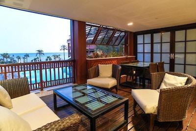 Rum med balkong och havsutsikt, Hotel Guadalpin, Marbella
