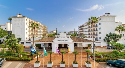Entré med palmer, H10 Andalucia Plaza, Marbella