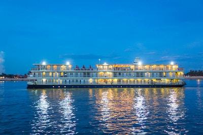 Mekong nav exterior 013 small river navigator