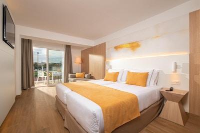 Fräscht tvåbäddsrum, L´Azure Hotel, Lloret de Mar, Spanien
