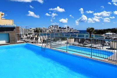 Takpool med havsutsikt, Bayview Hotel, Sliema, Malta