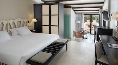 Hotel encinar room 01