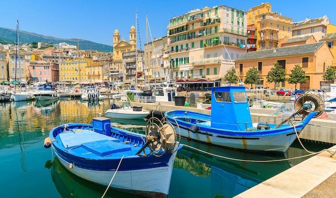 Korsika är den största franska ön på Medelhavet och den mest populära semestermålen för franska människor.
