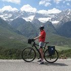 Magnus nilsson cyklar i albanien beskuren