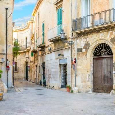 En solig eftermiddag i Lecce, Puglia, södra Italien.