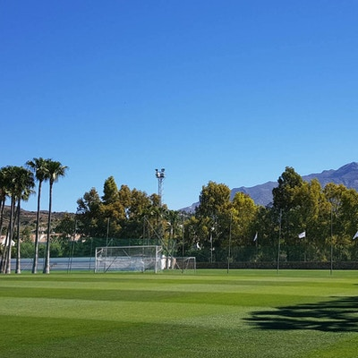 Perfekta 7-mannaplaner med elljus på Marbella Football Center
