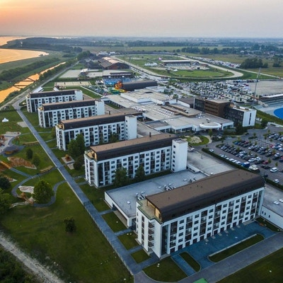 Träningsläger för de flesta sporter med hotell intill Donau