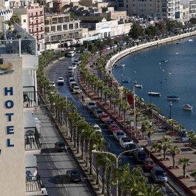 Bayview Hotel med utsikt över hamnen och Valetta, Malta