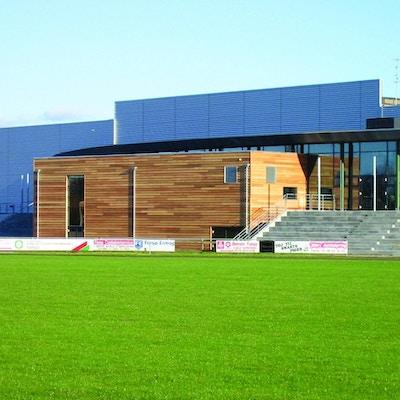 Naturgräsplan för fotboll, idrottscenter, Farsö, Danmark