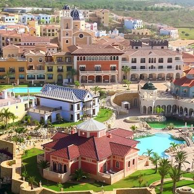 Hotellområdet på Melia Villaitana med pooler och golfbanor, Melia Villaitana, Alicante, Spain