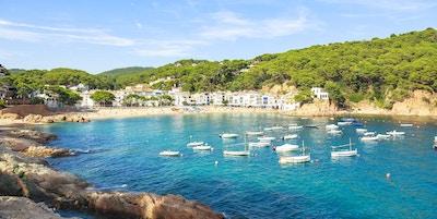 Tamariu - liten by på Costa Brava, Spanien.