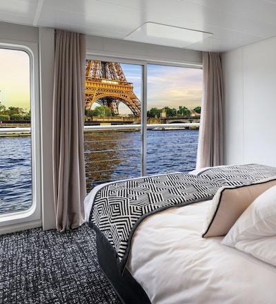 Elvecruise på Seinen, Frankrike.